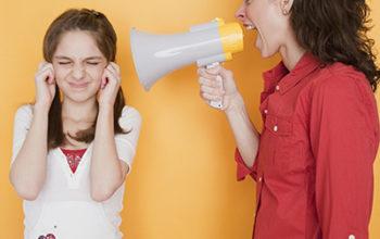 Как перестать кричать на своего ребёнка