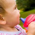 Как ребёнка отучить от бутылочки