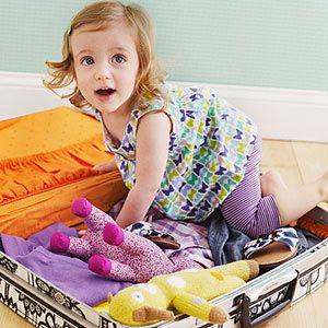 Ребёно с чемоданом
