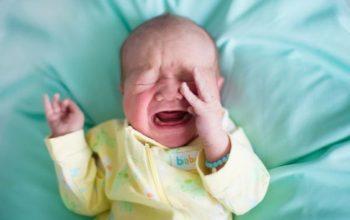 Новорождённый плохо спит