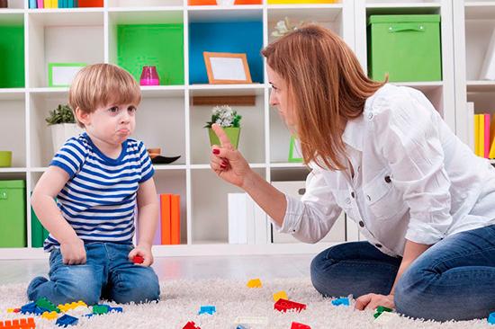 Как понять причину непослушания ребёнка