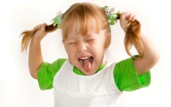 Гиперактивный ребёнок: признаки, лечение, как успокоить