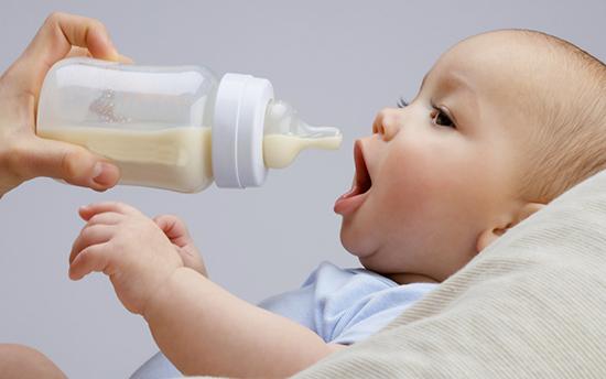 Искусственное вскармливание новорожденных