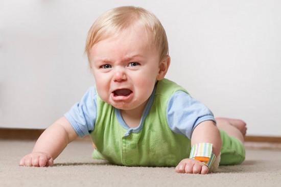 Кризис первого года жизни у ребенка