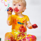 Рисование пальчиковыми красками для малышей