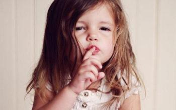 Ребёнок не говорит в 2-3 года: почему и что делать